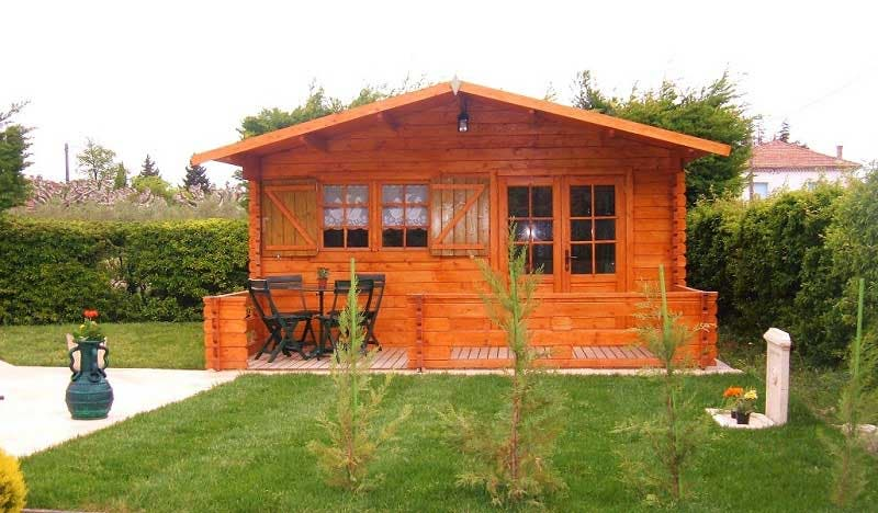 House Building Supplies : Solid build small cabin kits