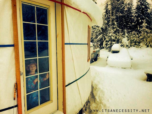 6 yurt snow copy