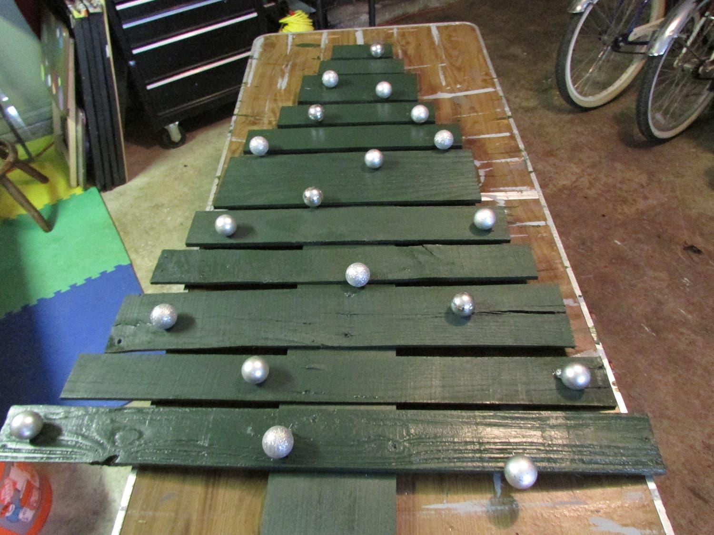 Wood Pallet Tree