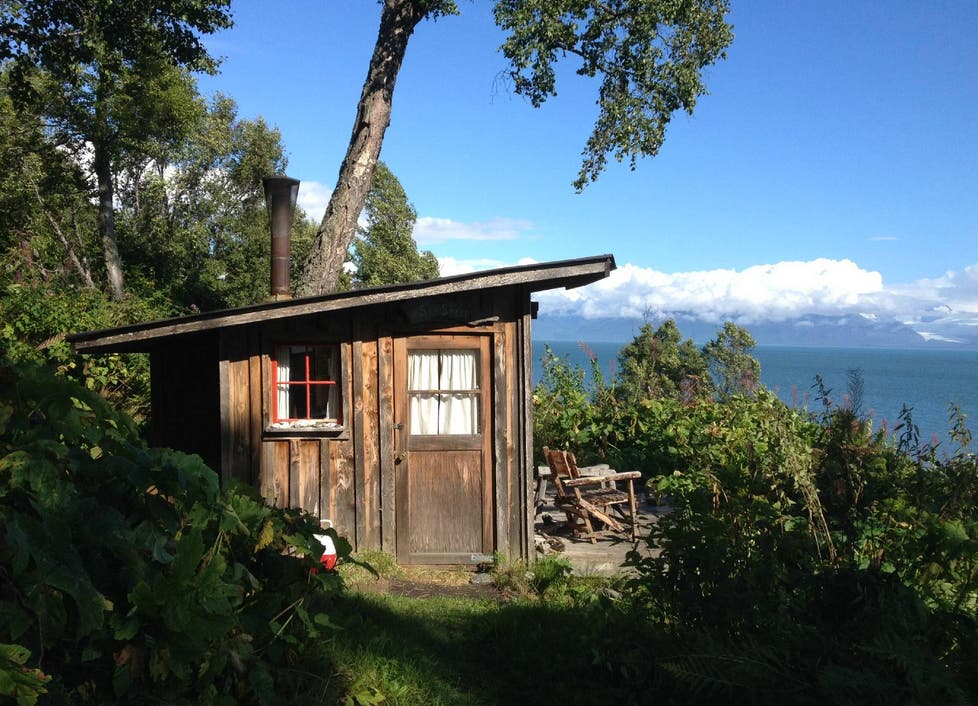 Seashell cabin at seaside farm for Alaska cottage