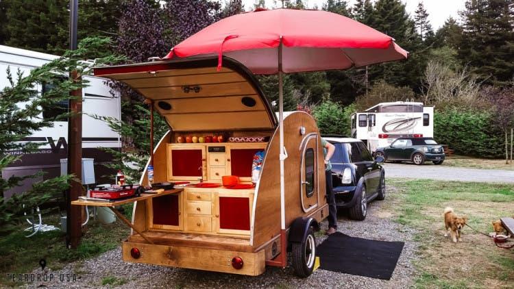 teardrop-trailer-roadtrip