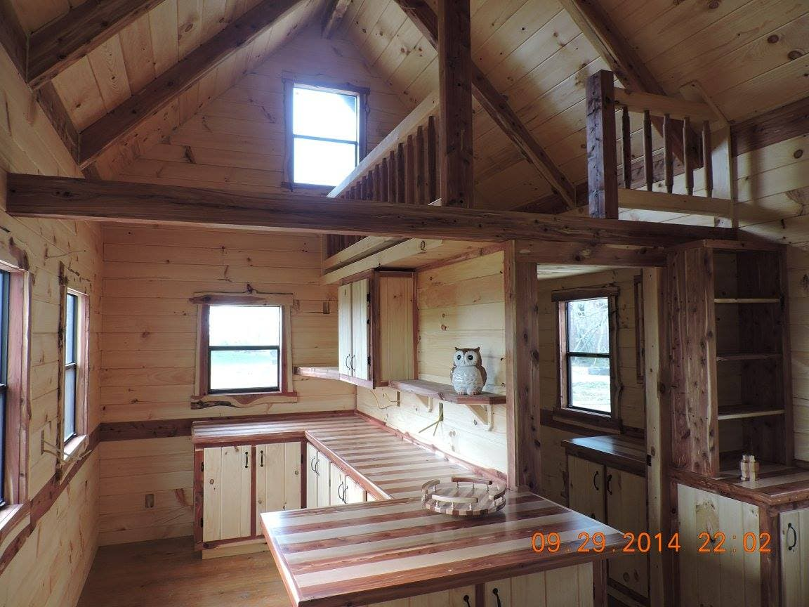 Trophy amish log cabins tiny house blog for Cabin floor
