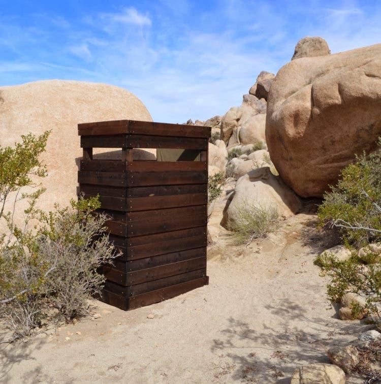 wagon-encampment-toilet