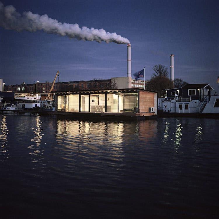 modern houseboat 1