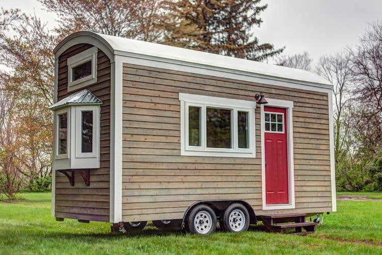University Students Build Bayview Tiny House