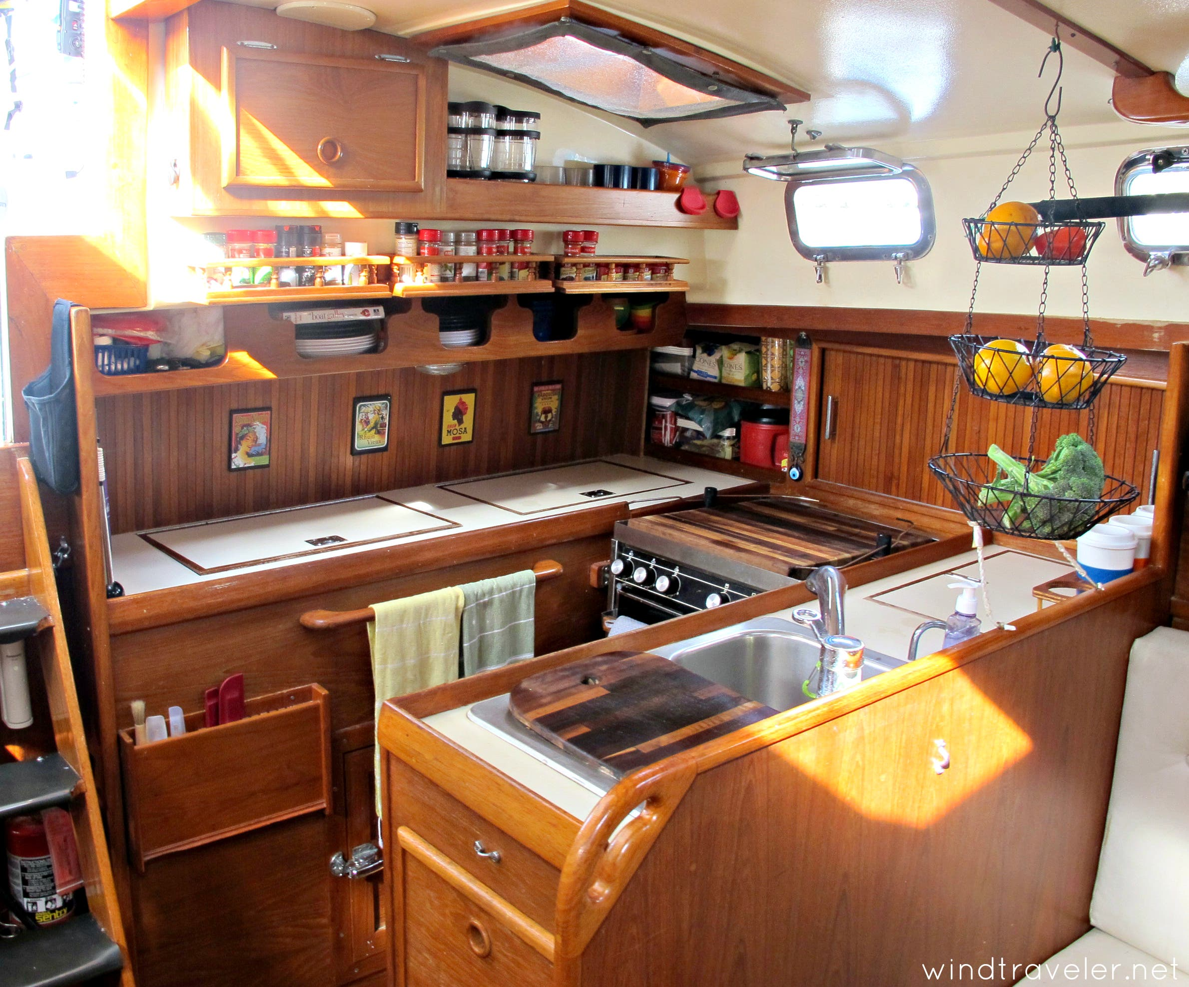 boatgalley1