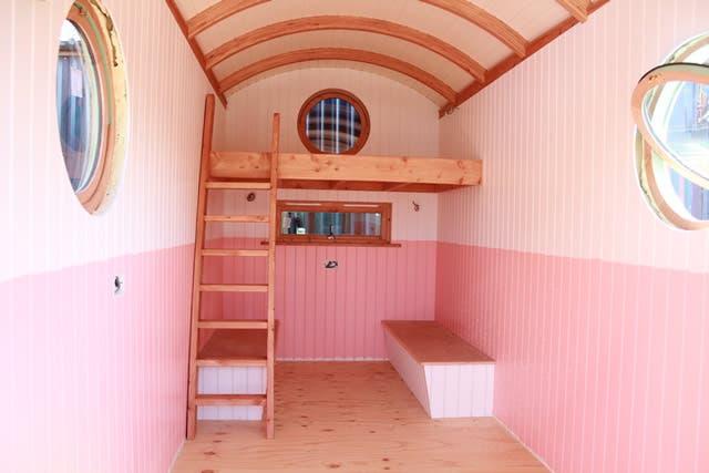 BarrelTopWagon-LivingWagon-loft