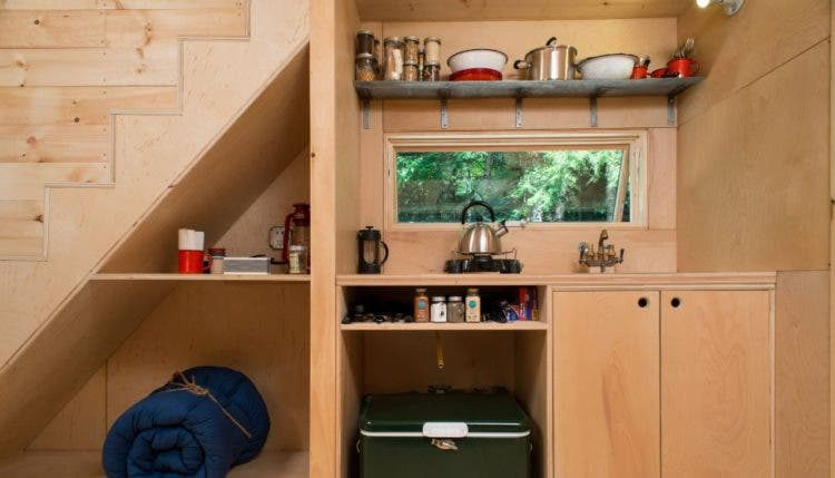 Getaway-Tiny-Cabin-kitchen