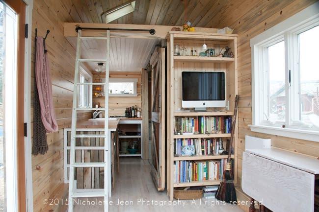 Tiny-Craftsman-House-Sale6