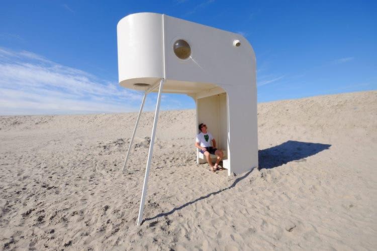 Upsidedown-UrbanCampsite-tinyhouse