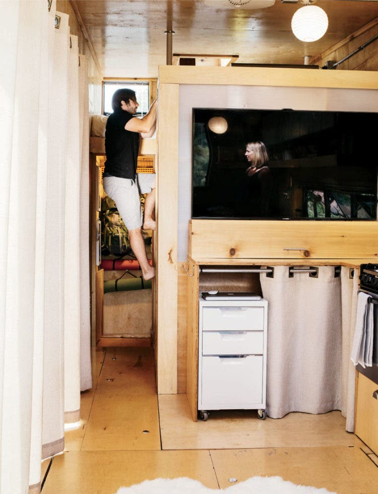 woody-trailer-tiny-kitchen-TV