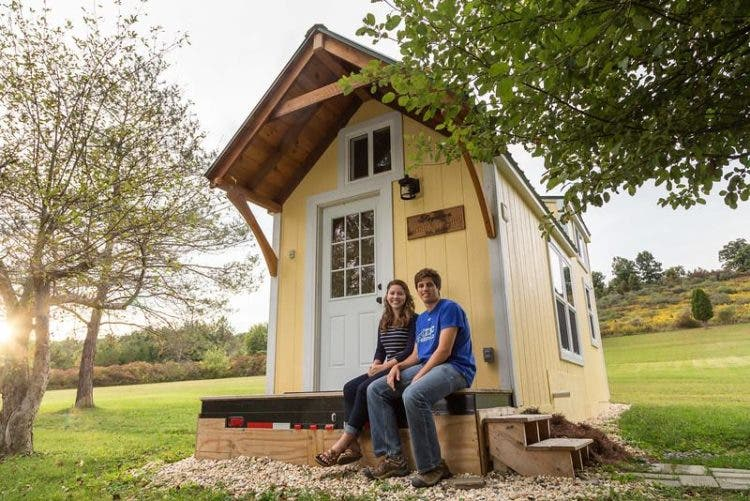 Brevard-TinyHouse-Live-Simple