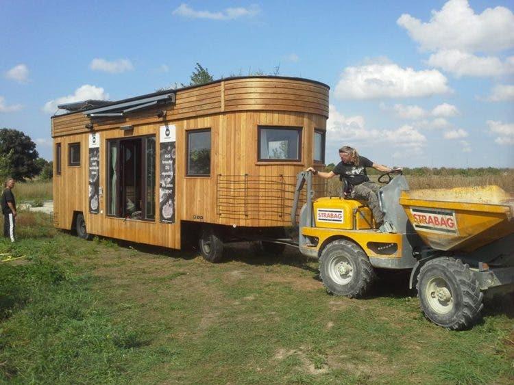 Wohnwagon-tinyhouse-tow