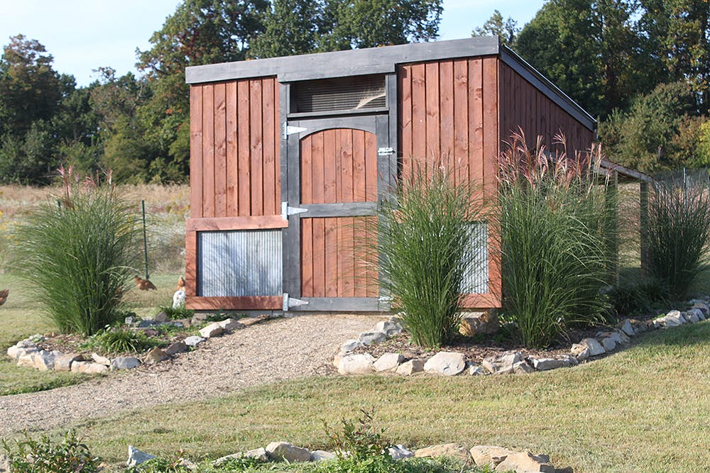Planning a simple house with old world garden farms for Old farm chicken coops