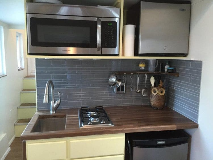 TrekkerTrailers-EmilysHouse-kitchen2