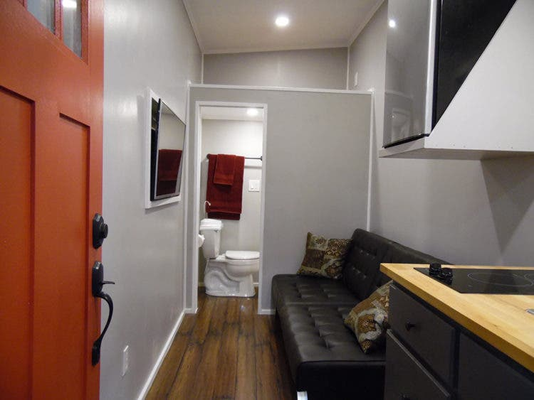UpperValley-TeenyTinyHouse-living2
