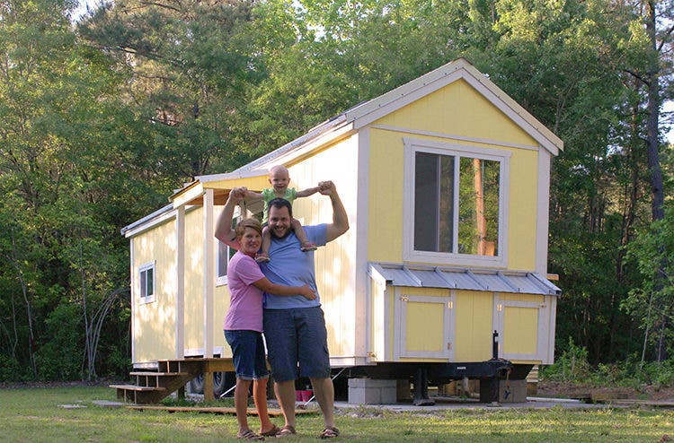 Tiny house as transitional living tiny house blog for Tiny house blog family