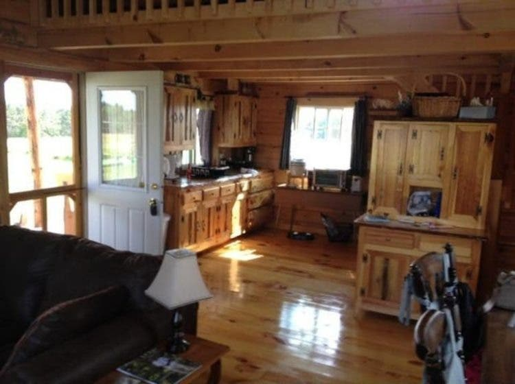 10 tiny houses for sale in wisconsin you can buy now for Home builders wisconsin