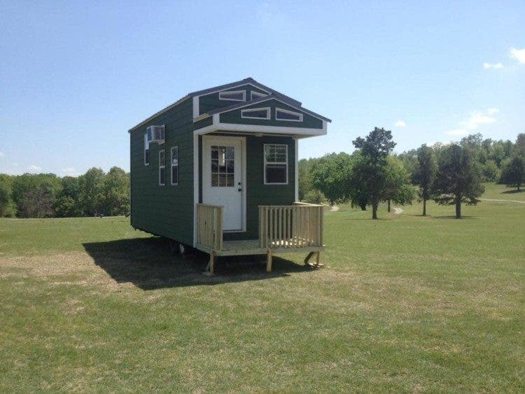 10 small homes for sale in arkansas you can buy now tiny house blog. Black Bedroom Furniture Sets. Home Design Ideas