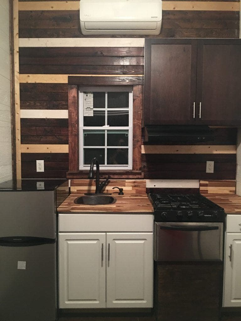 10 tiny houses for sale in alabama tiny house blog - The mobile little house the shortest way to freedom ...