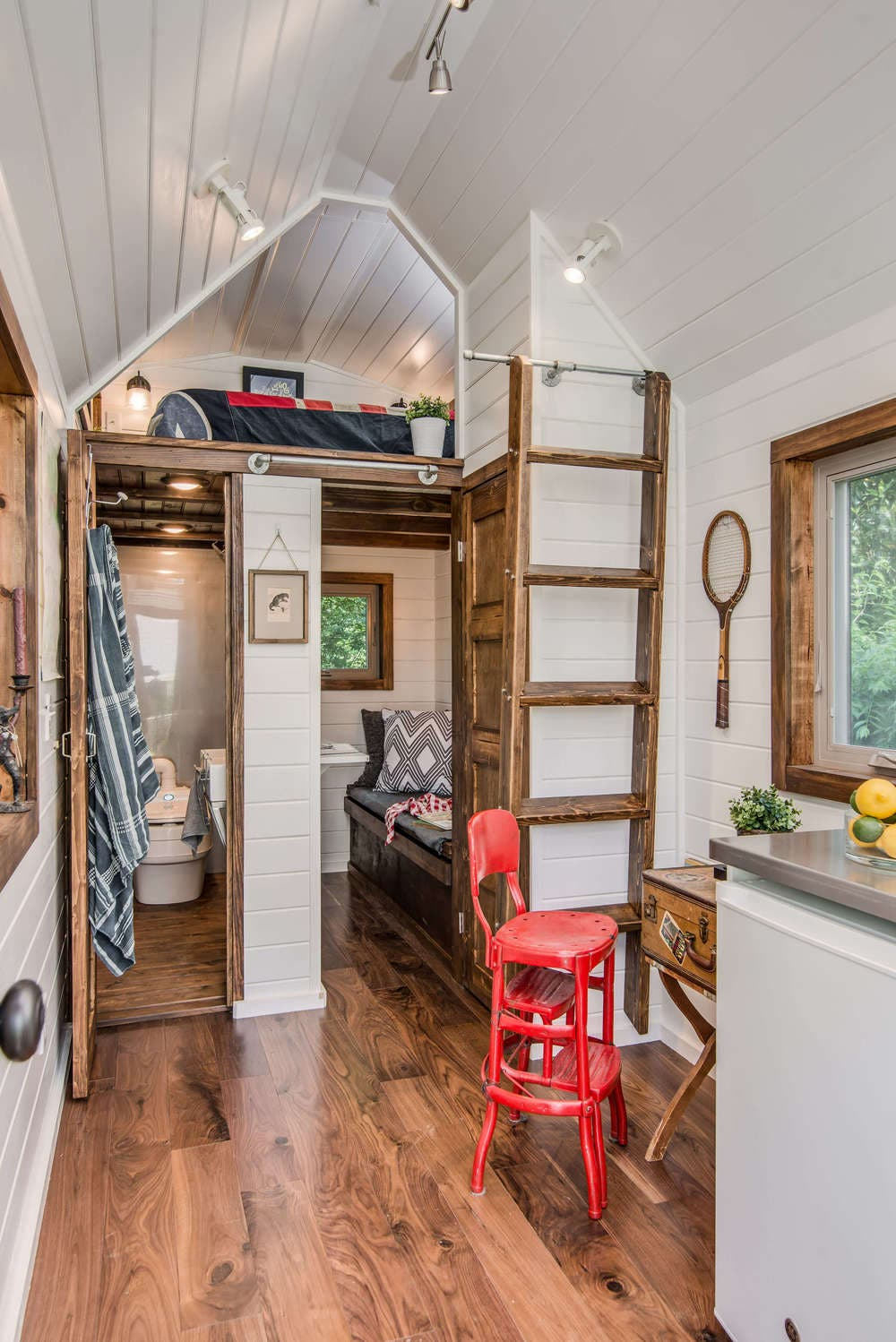 A Home That S Modern Inside And Out: Cedar Mountain Tiny House Affordable Option From New