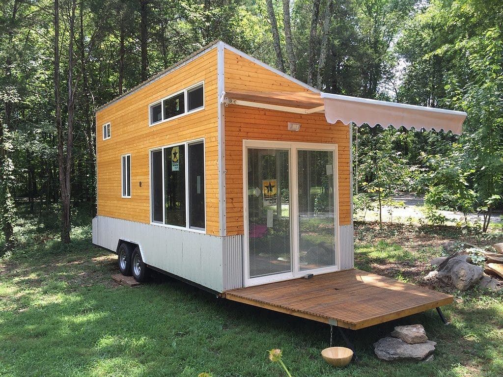 10 tiny houses for sale in tennessee you can buy now for Tiny house to buy