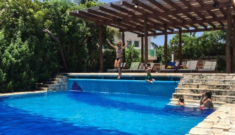 7-swim-class-in-mexico