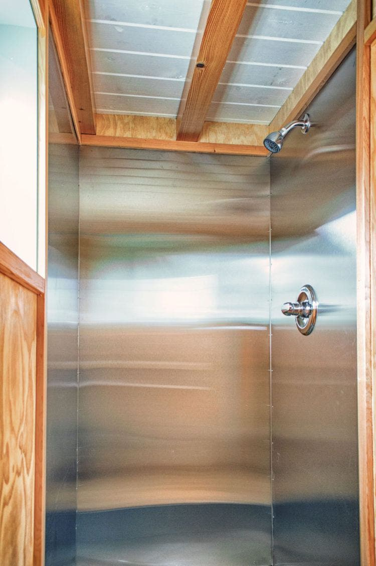 bunk-box-tiny-house-shower