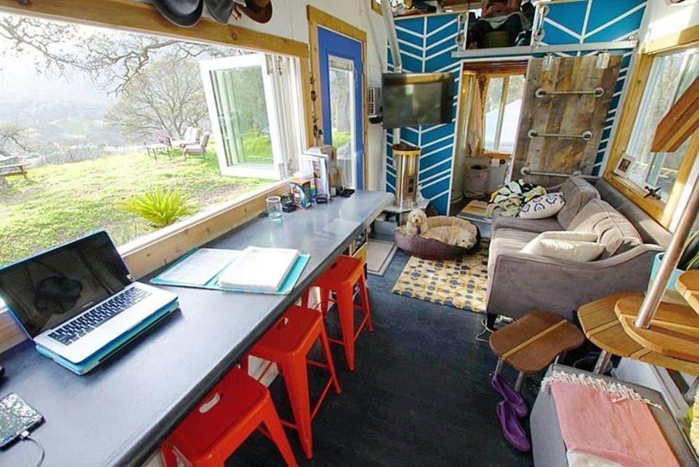 tinyhousebasics-livingrooml