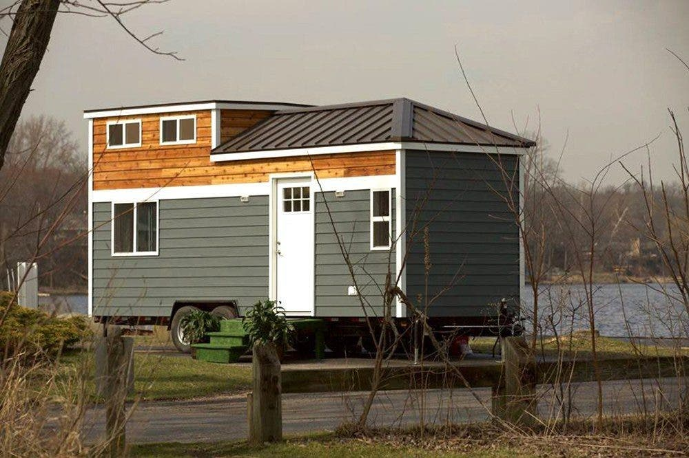 Chicago 39 S Titan Tiny Houses Built With Lightweight Steel