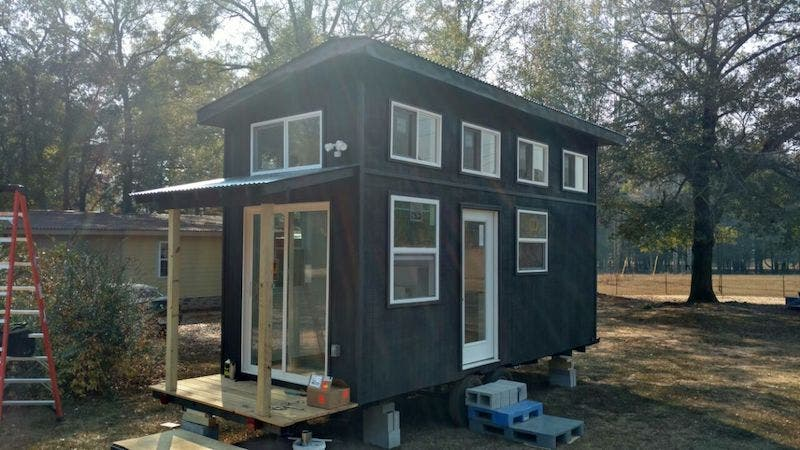 A big heart a big family and a tiny house startup with for Large family small house