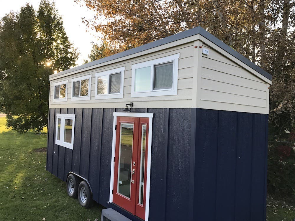 Photos Tiny House Seattle Wa: Small For All/Seattle Tiny Homes Giveaway