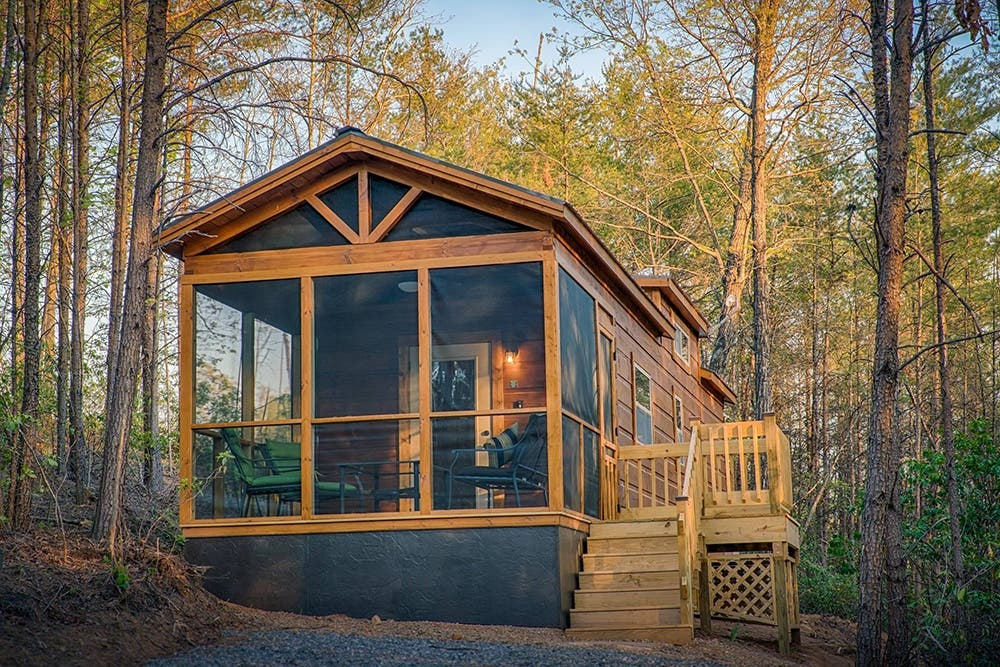 Green River Log Cabins Builds Custom Park Models In 3