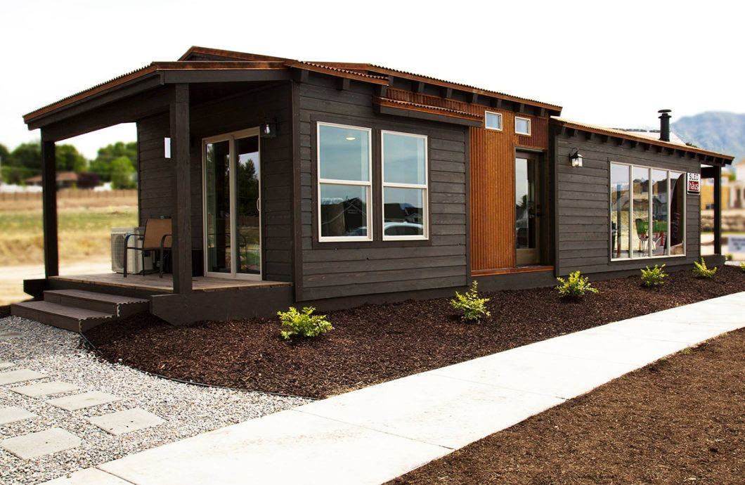Sledhaus modular luxury in 572 square feet tiny house blog for Modern homes utah for sale