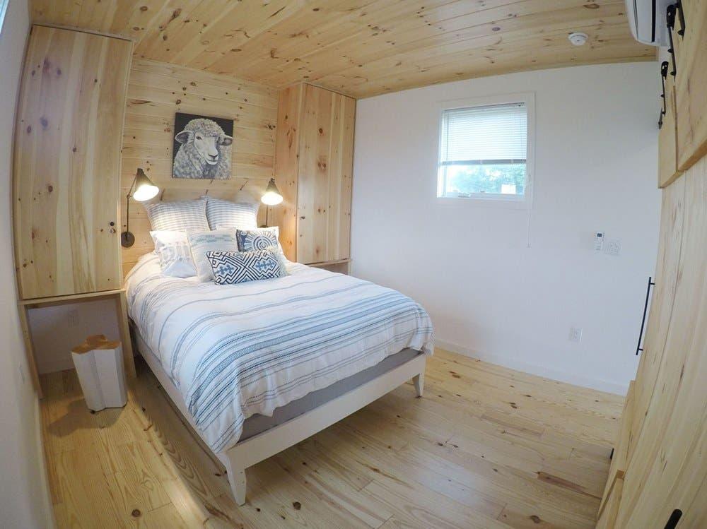 Tiny Contemporary Cabins Available Farm Sanctuary