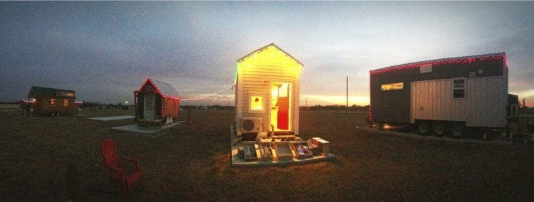 adorable tiny homes texas. I had the pleasure of visiting with my tiny home this past week and was  warmly welcomed into family The residents are tight knit fun loving group Tiny Lots on Prairie House Blog