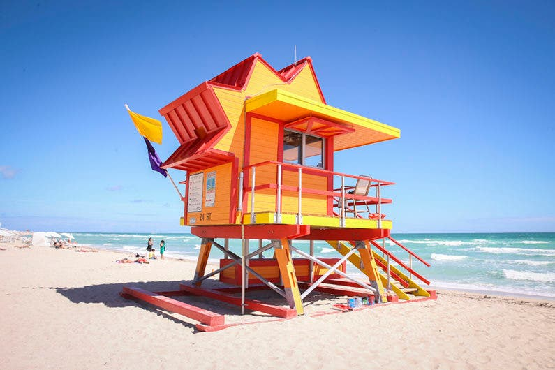 Tiny Living In A Lifeguard Tower