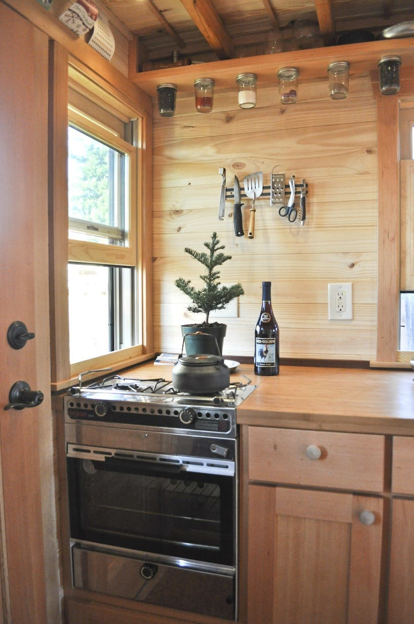 Tammy S Tiny House On Wheels Is For Sale Tiny House Blog
