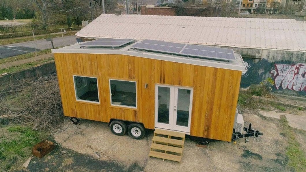off grid tiny office roaming atlanta to create big change tiny house blog. Black Bedroom Furniture Sets. Home Design Ideas