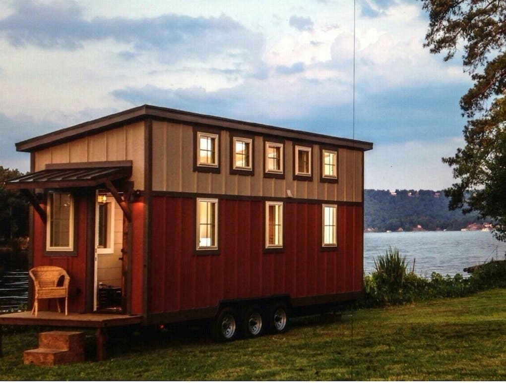 Hgtv Custom Built Tiny House Tiny House Blog
