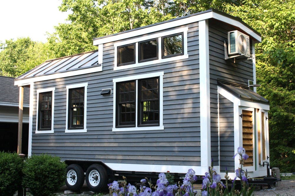 Tiny homes of maine and the state 39 s new irc codes tiny for Maine home builders
