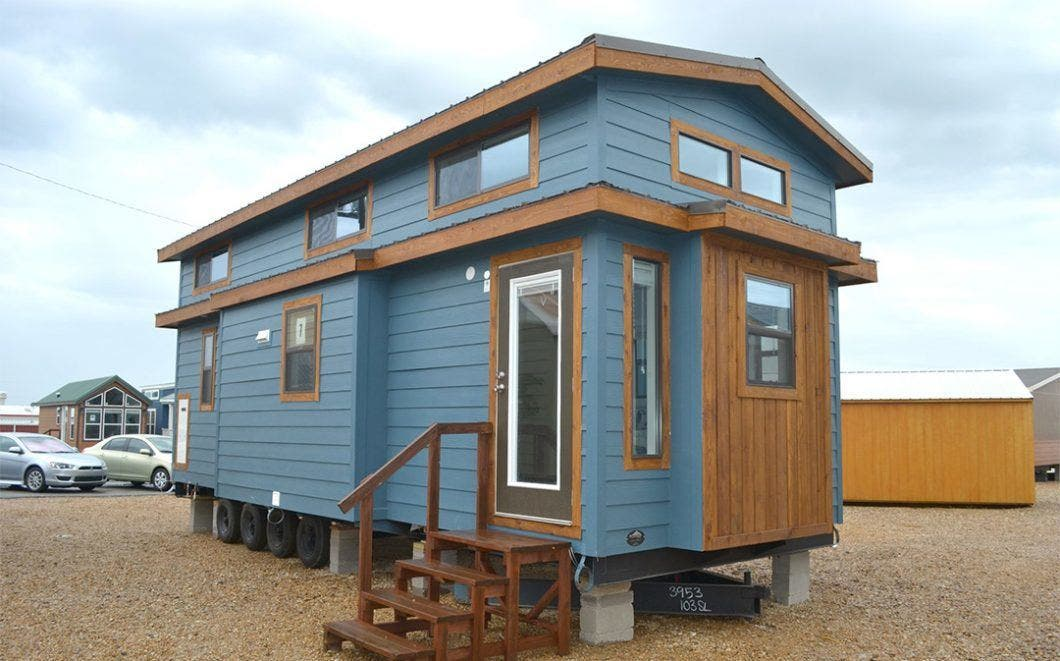 Recreational Resort Cottages and Dream Seeker THOW