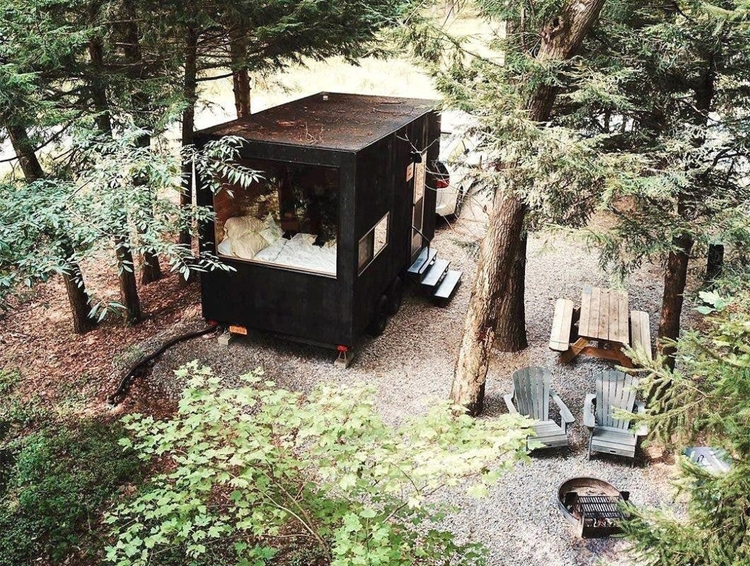 Getaway tiny cabin in the woods